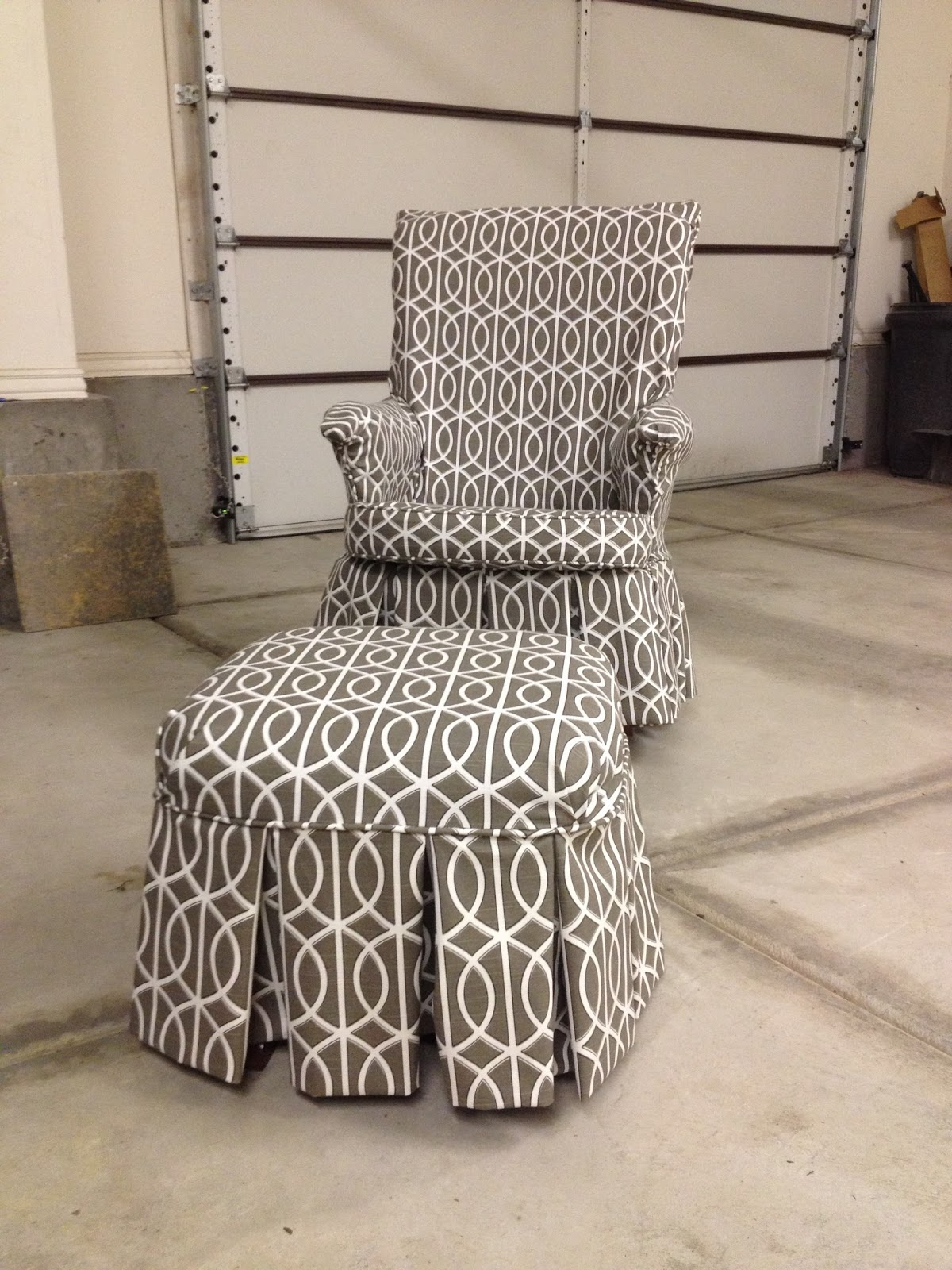 How To Recover Glider Rocking Chair Cushions Designboom The Sewing Nerd Slipcovers Right