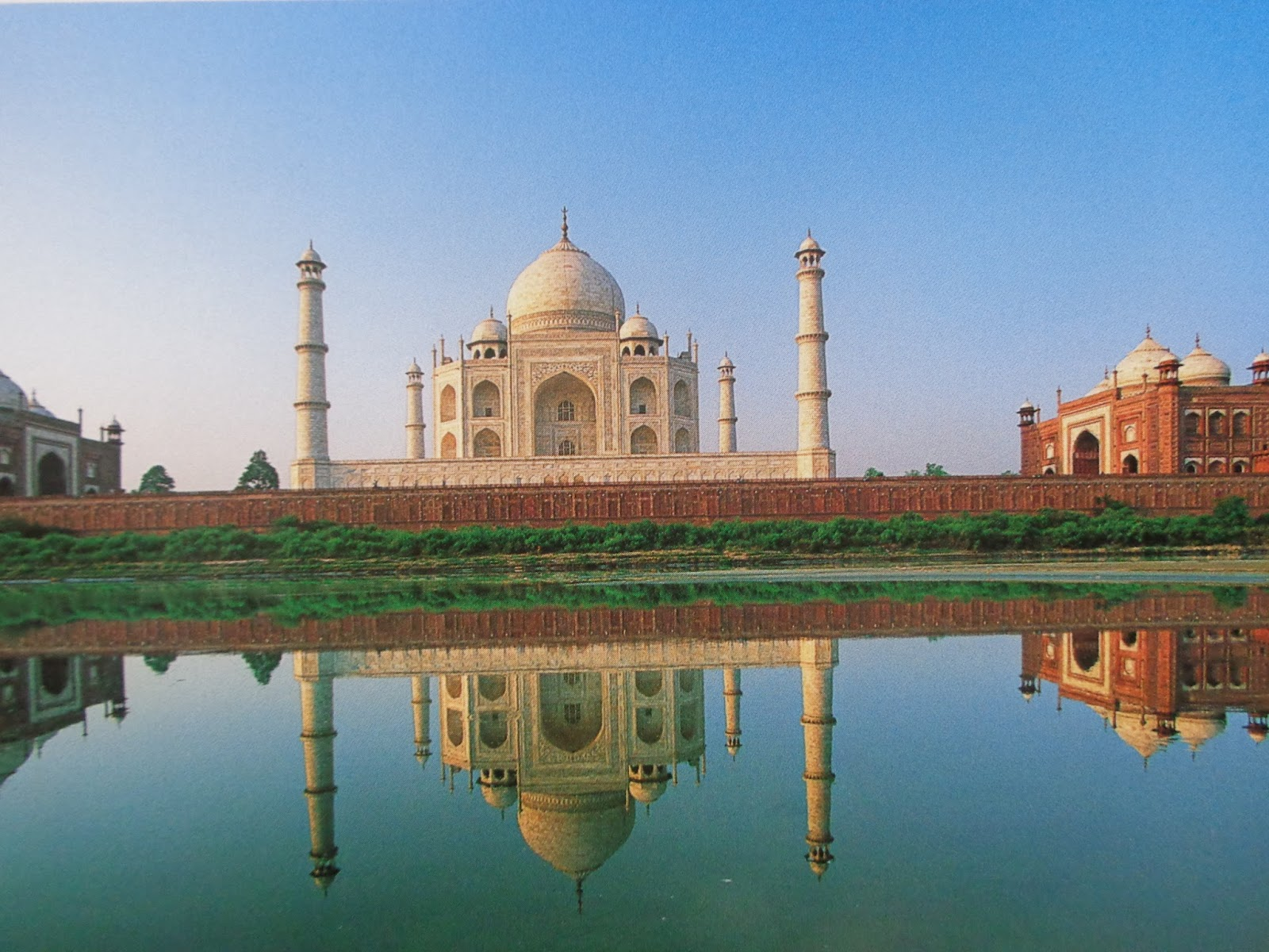 save the taj mahal There have many plans and ideas to save the taj and in 2009 there was campaign to plant tulasi plants to combat taj mahal turning yellow due to air pollution.