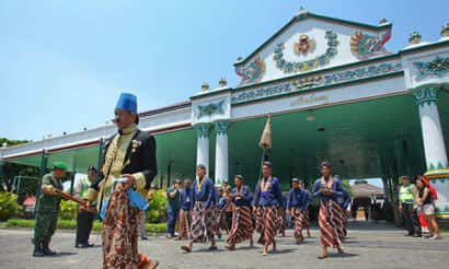 itulah sepenggal lirik lagu Kla Project yang dulu pernah hits di era  Inilah Barometer Kebudayaan Jawa - Keraton Yogyakarta