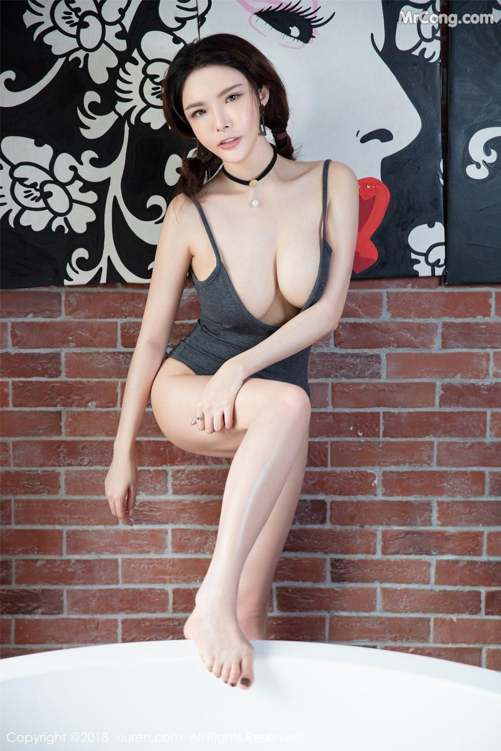 Image XIUREN-No.1140-Xia-Xiao-Qiu-Qiu-Qiu-MrCong.com-008 in post XIUREN No.1140: Người mẫu Xia Xiao Qiu Qiu Qiu (夏小秋秋秋) (56 ảnh)