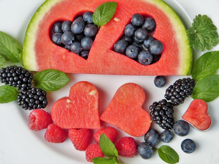 Fruit Health Benefits in Urdu   Phalon Kay Fawaid Aur Ahmiyat