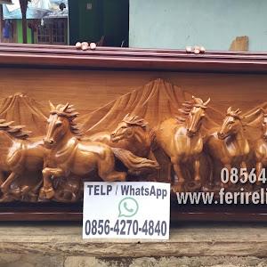 Ukiran Kuda Lari Relief 3 Dimensi