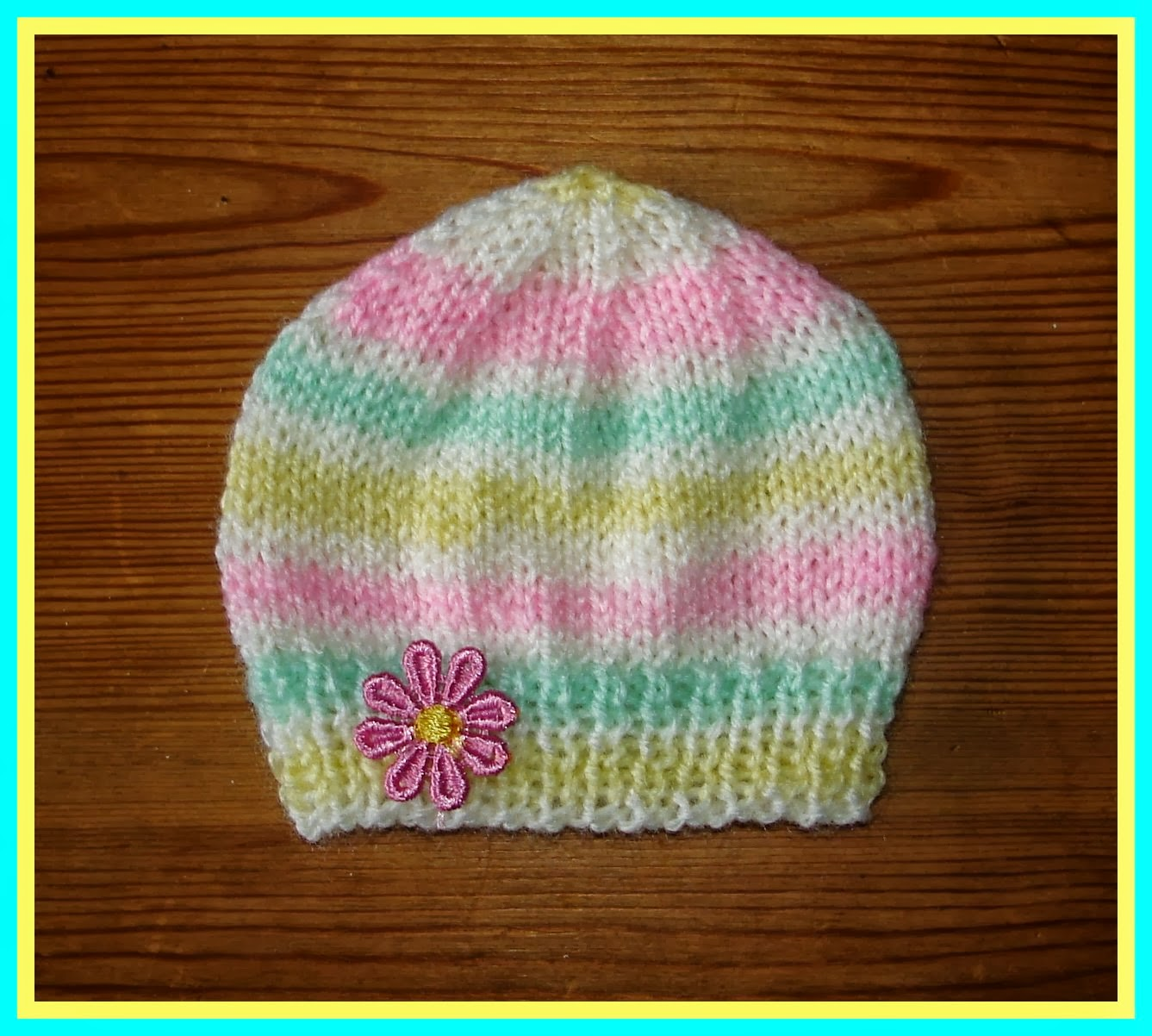 Marianna\'s Lazy Daisy Days: Candystripe Knitted Baby Hats