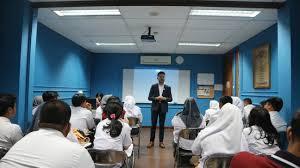 Keistimewaan Islamic Boarding School Di Dwiwarna