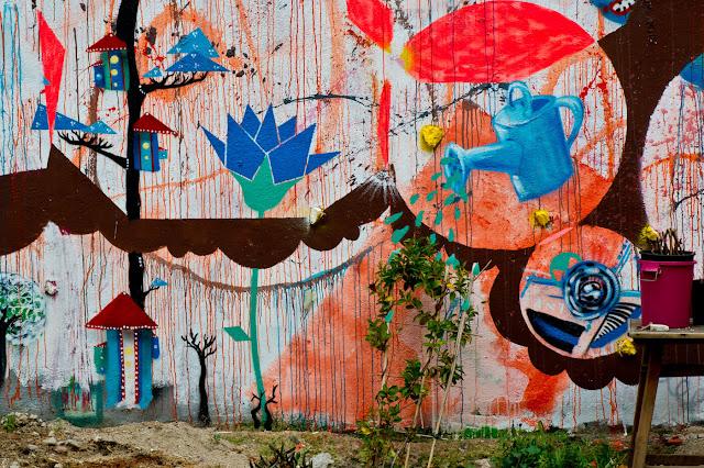 arte urbano incentivando los huertos