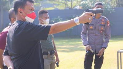 Perkuat Soliditas, Kapolda Banten dan PJU Latihan Menembak Bersama