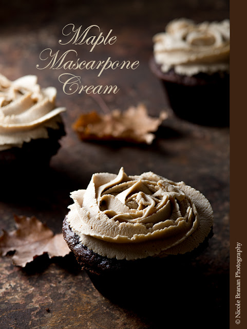 cupcakes topped with maple mascarpone frosting
