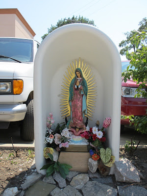 Virgin Mary statue bathtub Detroit