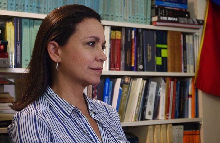 Maria Corina : Quienes quieran dialogar con el régimen que vayan al Piso 10 del SEBIN