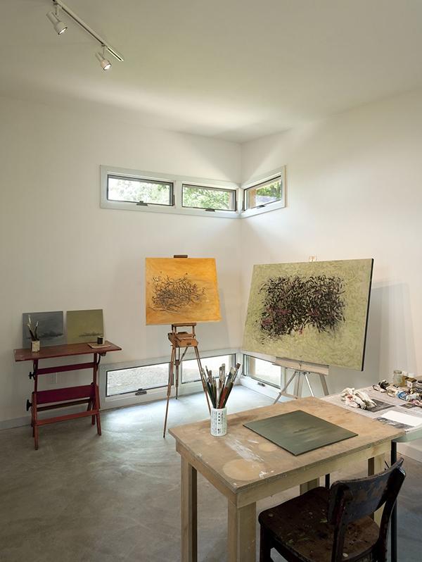 Rumah Artistik di Bukit Indah