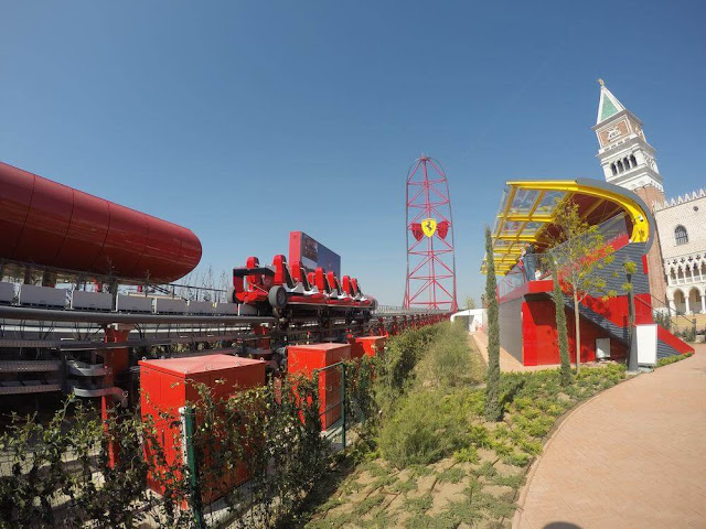panoramica red force de ferrari land