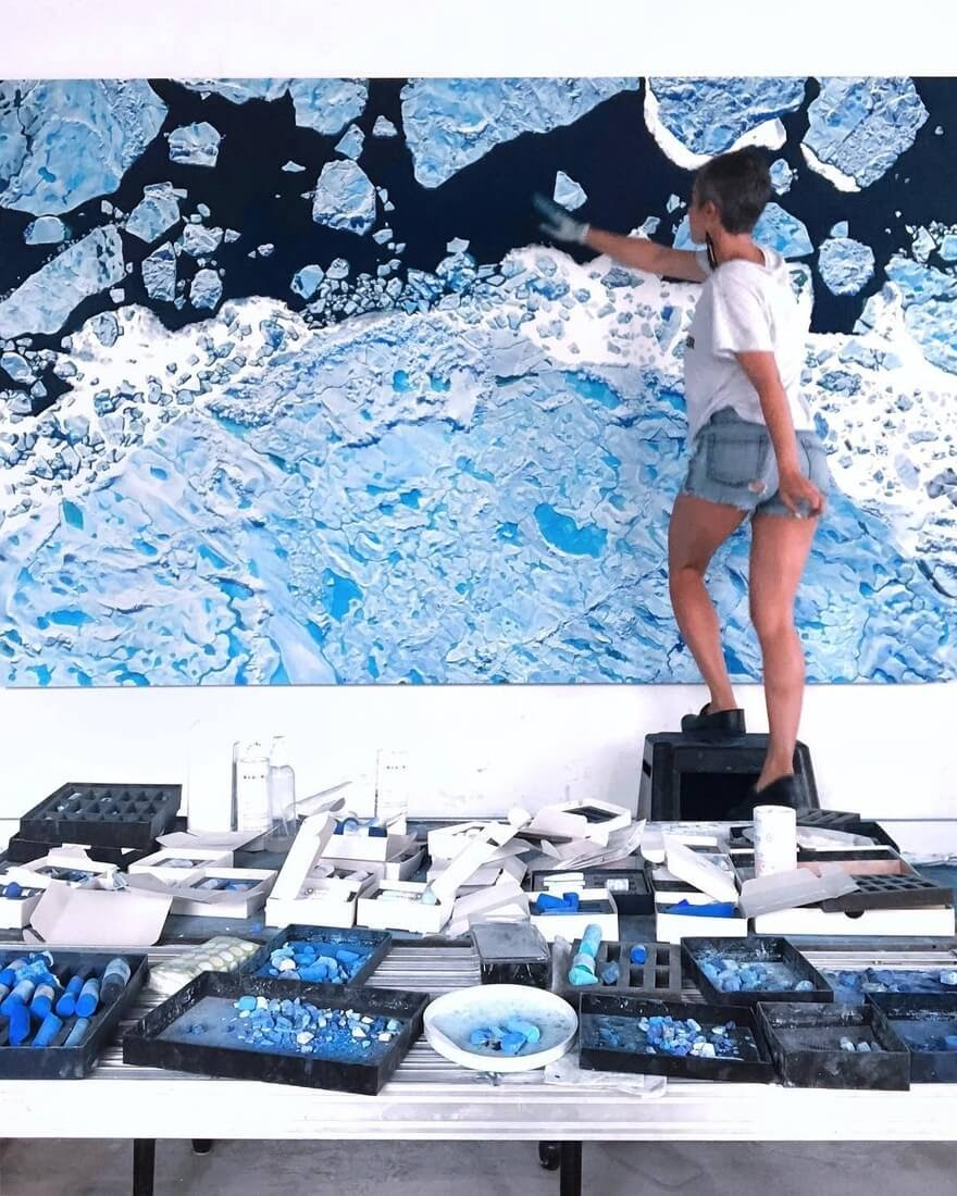 11-Living-in-a-sea-of-ice-Zaria-Forman-Ice-Snow-and-Water-Pastel-Drawings-www-designstack-co