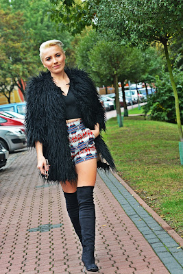 black_fur_printed_zara_shorts_karyn