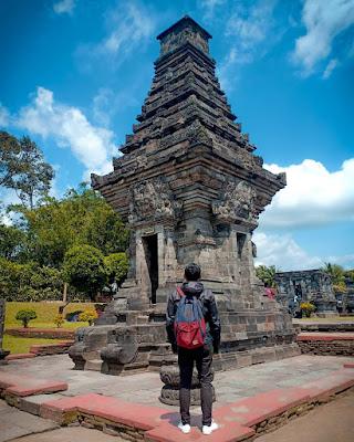Backpacker Blitar - Candi Penataran Blitar