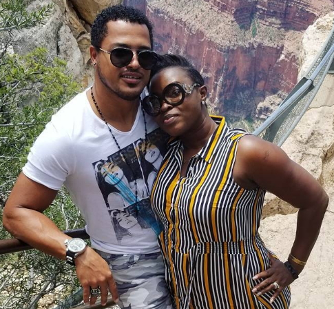 Van Vicker Spends Vaca...