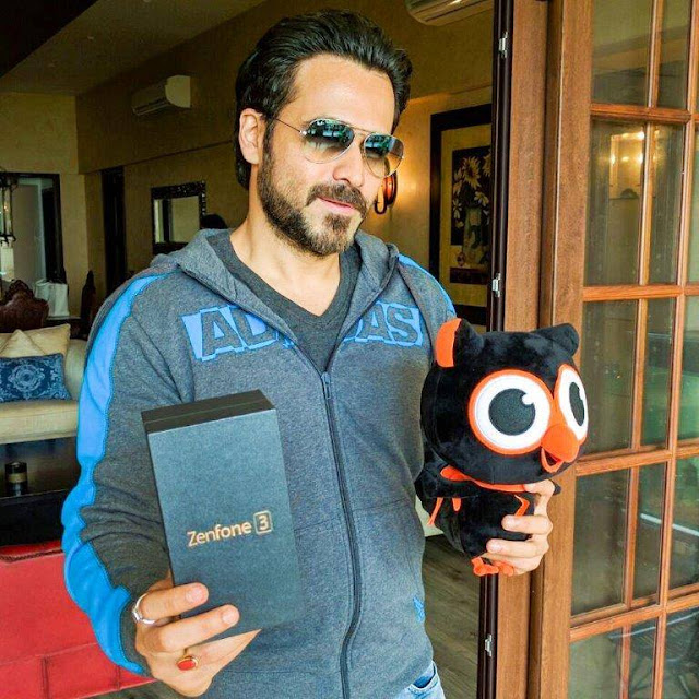 ASUS ZenFone 3 - Emraan Hashmi knows incredible when he sees one! ASUS ZenFone 3 casts its spell on him too. Know more about its luxurious beauty here - z3n.asus.in