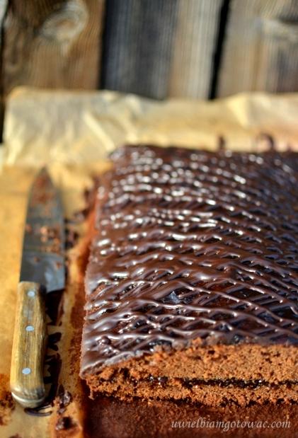 Piernik z powidłami i czekoladą