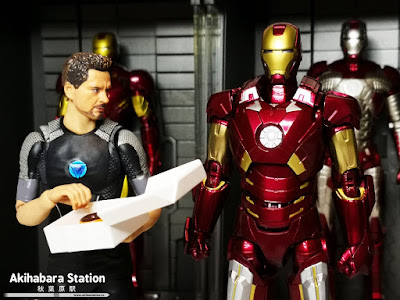 S.H.Figuarts Iron Man Mk VII + Hall of Armor de Avengers - Tamashii Nations