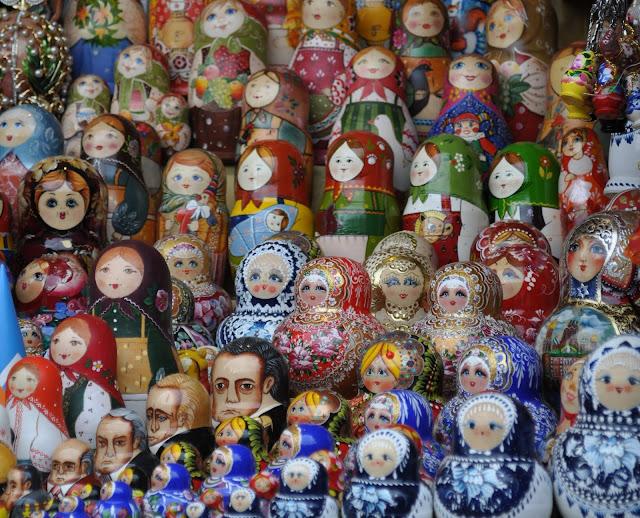 matrioshkas russas, num mercado de São Petersburgo