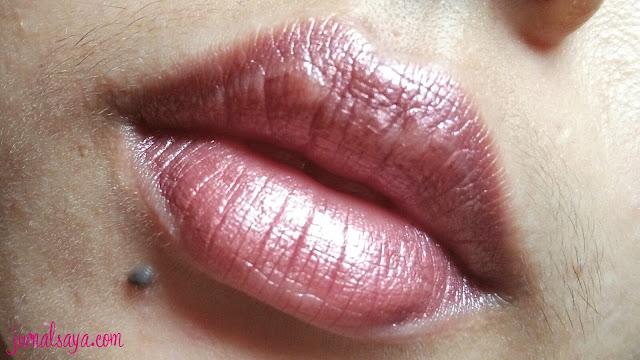 metallic lipstick untuk sehari-hari