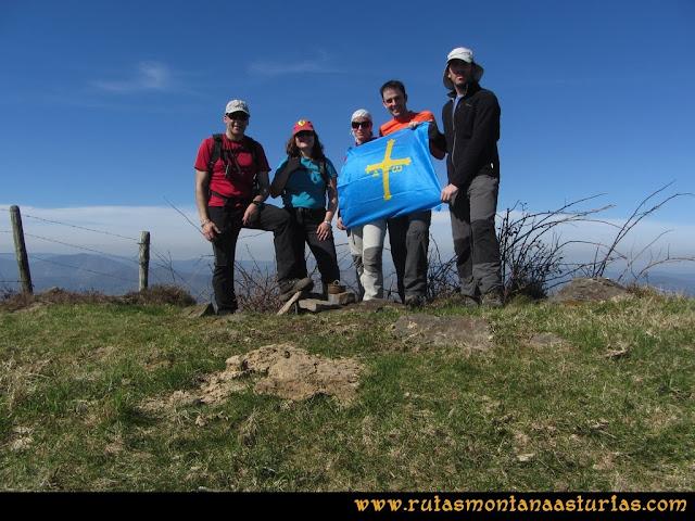 Ruta Linares, La Loral, Buey Muerto, Cuevallagar: Cima del Buey Muerto