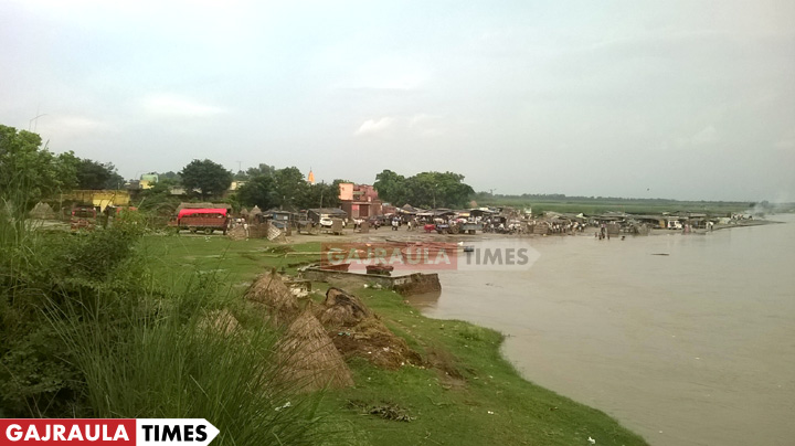 ganga-flood-tigri-gajraula
