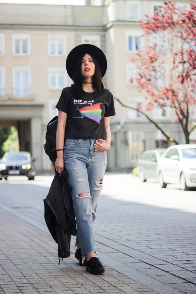 stylizacja-grunge-koszulka-z-zespołem