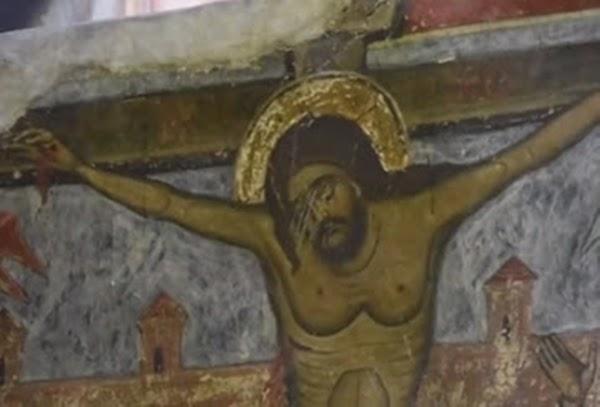 Aparición de OVNI en imagen religiosa desata gran polémica ¿Se acerca el fin? (VIDEO/FOTO)