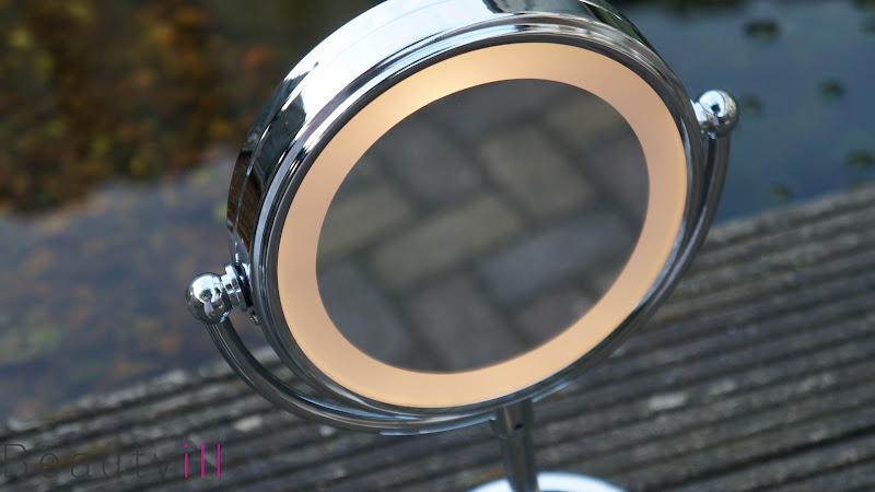 vernieuwde verlichte spiegel kruidvat beautyill. Black Bedroom Furniture Sets. Home Design Ideas