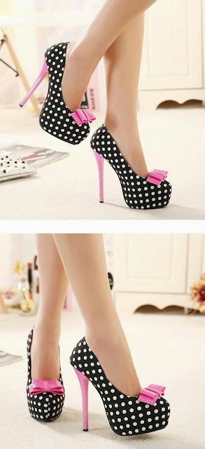 Polka dot heeled shoes