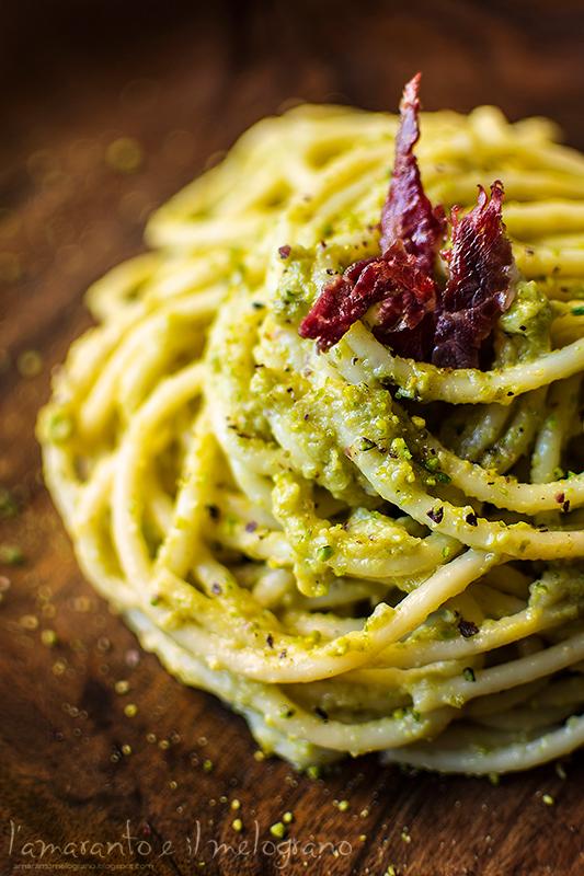 Pasta al pesto di pistacchio e speck è un ricetta creata ...