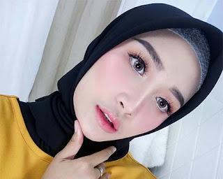 Pisca Maharani Pakai Jilbab