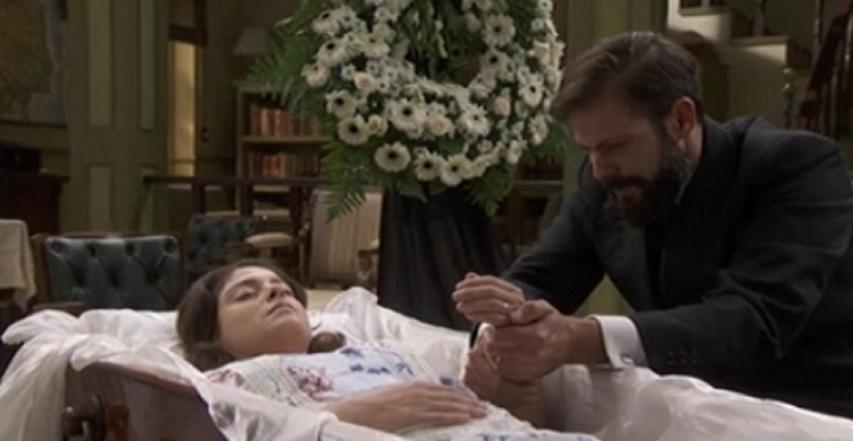 Candela muore davvero sotto un treno il segreto della sua for Il segreto anticipazione spagnole