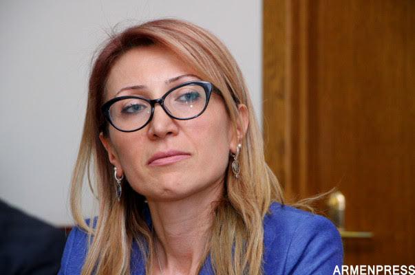 Pashinyan rechaza la renuncia de Maneh Tandilyan