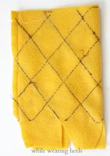 pineapple+080 - Abacaxi de feltro