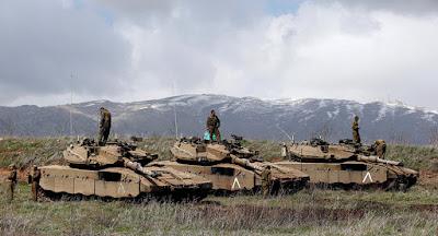 """Israel atacó hoy dos objetivos militares en Siria en respuesta a un incidente """"inusual"""" que se produjo en la frontera entre los dos países."""