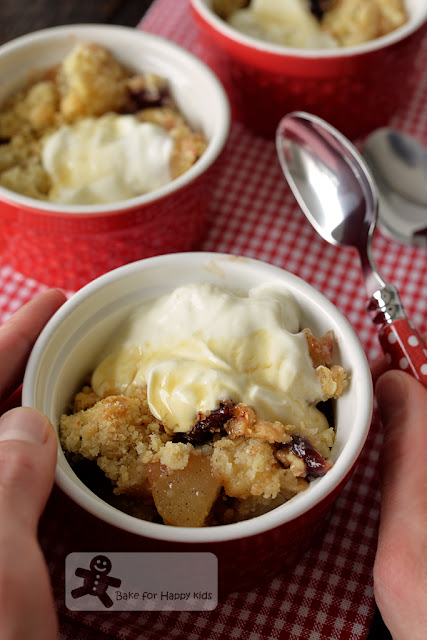 maple pear cranberry oat crumble yogurt