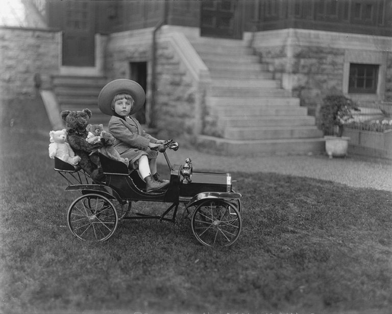 as a kid we always wanted a pedal car check out these 40 interesting photos of children posing with their cool pedal cars from between the 1920s and