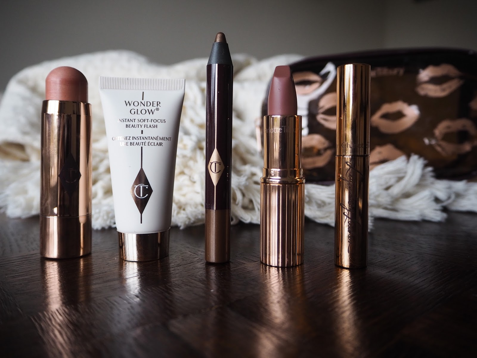 Charlotte Tilbury 5 Minute Makeup Look Quick 'N' Easy Natural Glowing Look Set Review