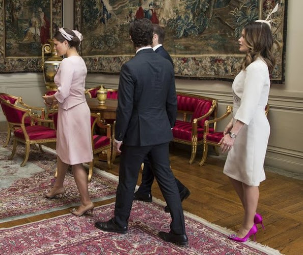 Crown princess Victoria, Prince Daniel, Prince Carl Philip and his wife Princess Sofia welcomed Chilean President Michelle Bachelet at the Royal Palace