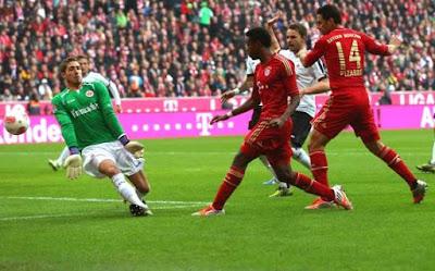 Bayern Munich gana 3 a 0 al Eintrach Frankfurt