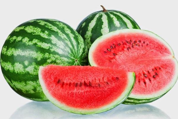 Kandungan nutrisi semangka dan manfaat buah semangka
