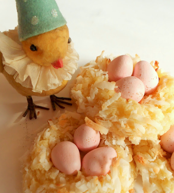 coconut cookie macaroon bird nest