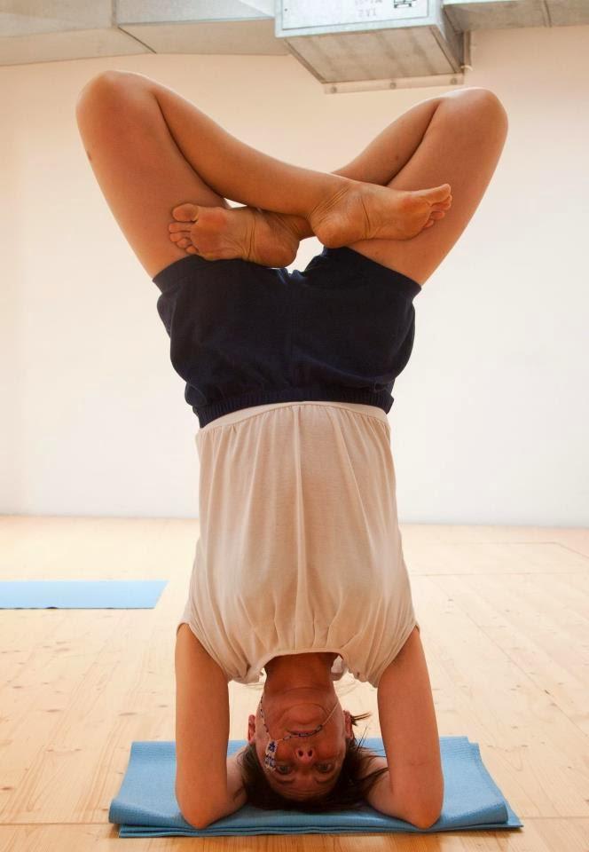 cursos de Yoga Iyengar en Ginebra por Pilar Grau