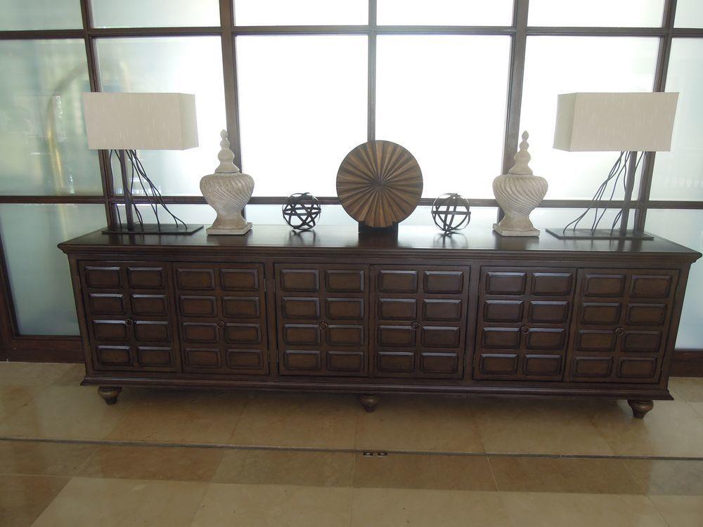 Elegant pieces at the lobby of Shangri-La's Mactan Resort and Spa