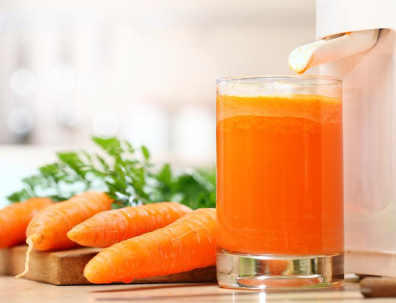 Лечим кашель с мокротой морковным сиропом: быстро и просто