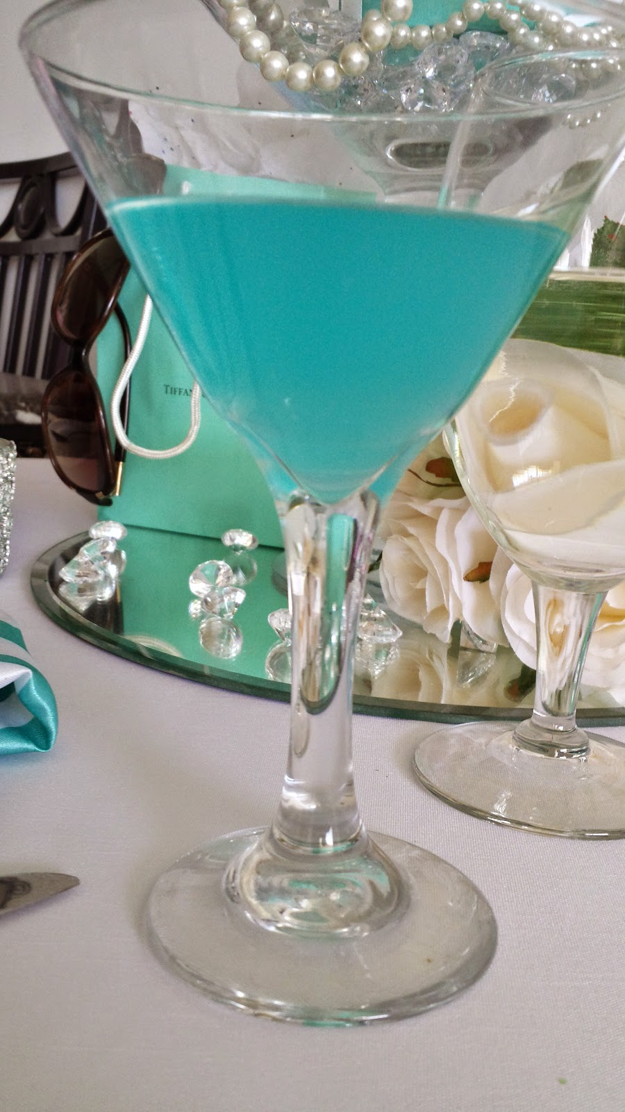 Breakfast at Tiffany Theme Centerpiece, DIY centerpiece idea, Paper Mache Craft,