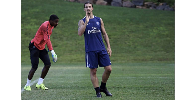 4619becfd5c ... Nike contract Now it s once again Zlatan Ibrahimovic who laced up in blackout  boots during PSG s first pre ...