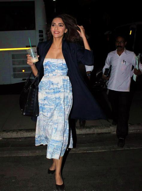 Sonam Kapoor Hot Photos At Airport  Indian Girls Villa -1393