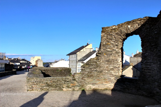 a-mosqueira-muralla-lugo-camino-de-santiago-primitivo